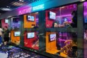 【画像】中国のゲーセン的ネットカフェの見た目がやっばwwwwwwwwwwww